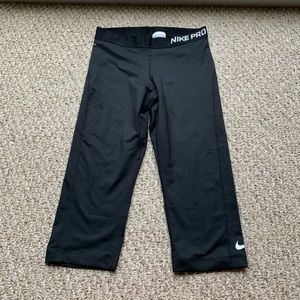 Nike pro leggings sz large